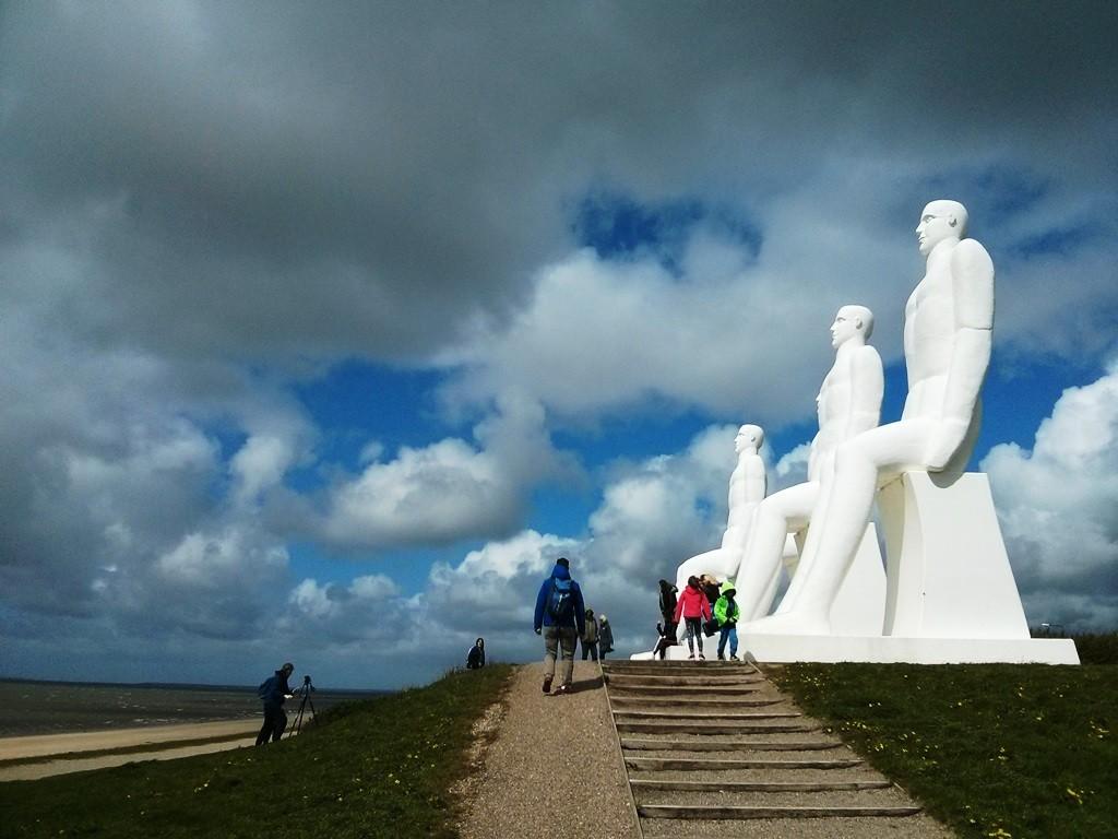 Beeldengroep Mens aan Zee in Esbjerg