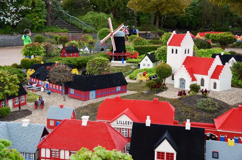 Het allereerste stukje Legoland